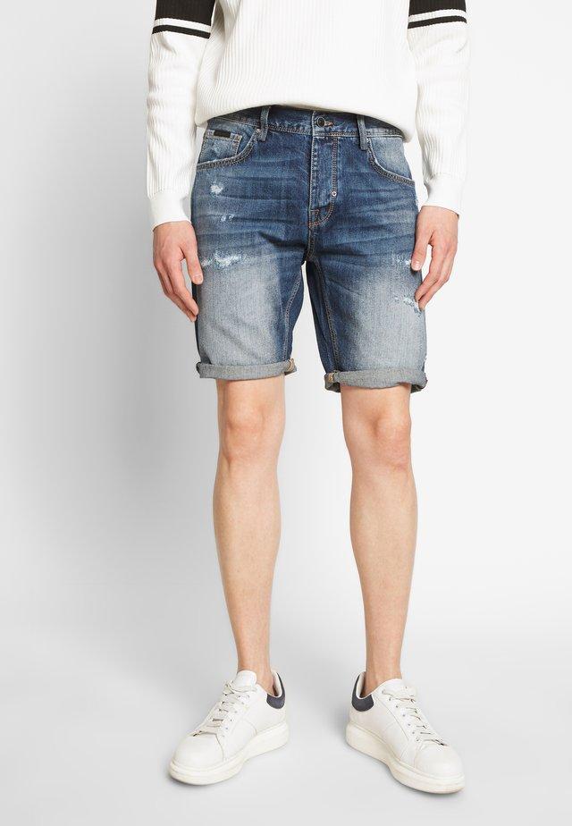 SLIMBAART - Denim shorts - denim blue