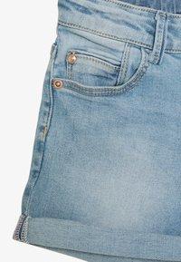 Vingino - DAIZY - Denim shorts - light indigo - 2