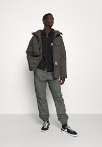 Carhartt WIP - JOGGER COLUMBIA - Cargo trousers - thyme rinsed - 4