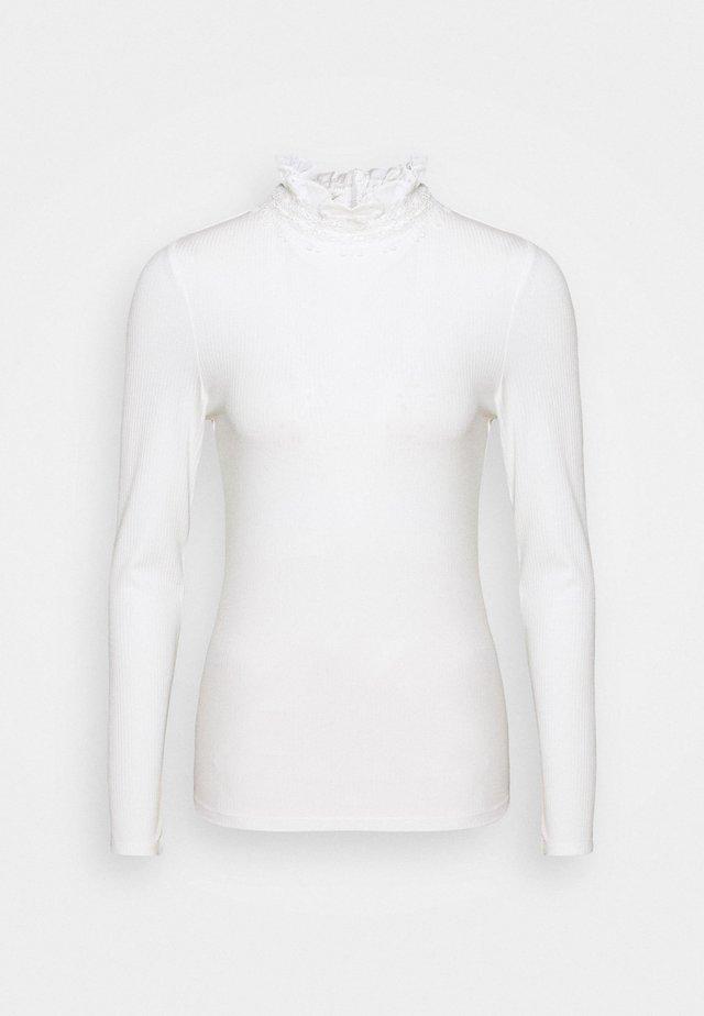 WILAART - Strickpullover - white