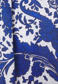Emily van den Bergh - Skjortekjole - blue - 2