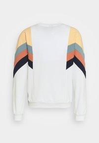 Kaotiko - CREW SEATTLE UNISEX - Sweatshirt - white - 1