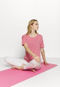 Nike Performance - YOGA LAYER - Camiseta básica - desert berry/arctic pink - 1
