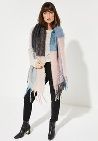 comma - MIT COLOURBLOCK-MUSTER - Scarf - light pink/teal/grey - 0