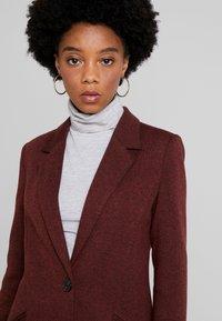 Vero Moda - VMVERODONAJACKIE  - Short coat - madder brown - 4