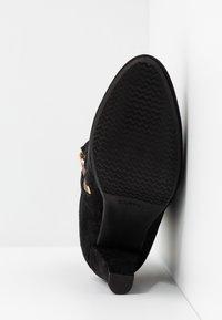 Carvela Comfort - RITA - Classic ankle boots - black - 6