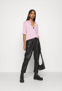 Monki - CAT - Button-down blouse - pink - 1