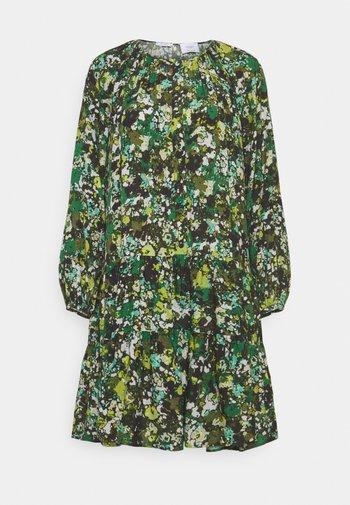 DRESS CASCADES - Day dress - green