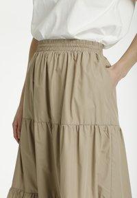 Kaffe - KAMOLLY - Maxi skirt - classic sand - 3