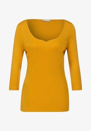 MIT TIEFEM AUSSCHNITT - Long sleeved top - gelb
