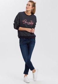 Cross Jeans - Sweatshirt - navy - 1