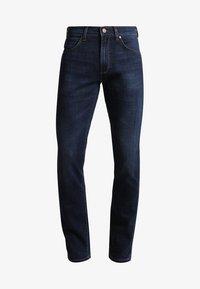 Wrangler - GREENSBORO - Straight leg jeans - el camino - 5