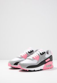Nike Sportswear - AIR MAX 90 - Sneakers laag - white/particle grey/rose/black/light smoke grey - 6