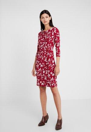 MATTE DRESS - Shift dress - dark raspberry