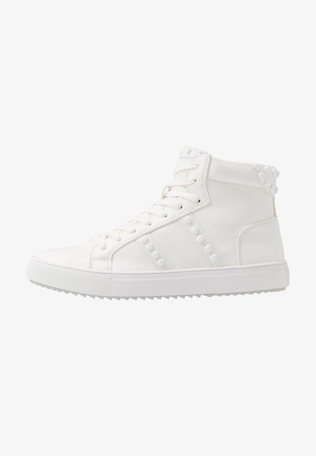SKALE - Sneakers hoog - white