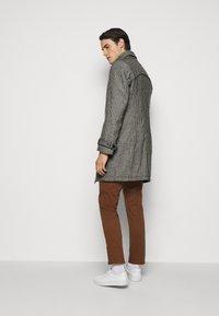 DRYKORN - SKOPJE - Klasický kabát - grey - 2