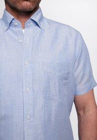 Eterna - REGULAR FIT  - Shirt - hellblau/weiß - 2