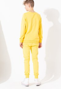 Hype - Tracksuit bottoms - yellow - 2