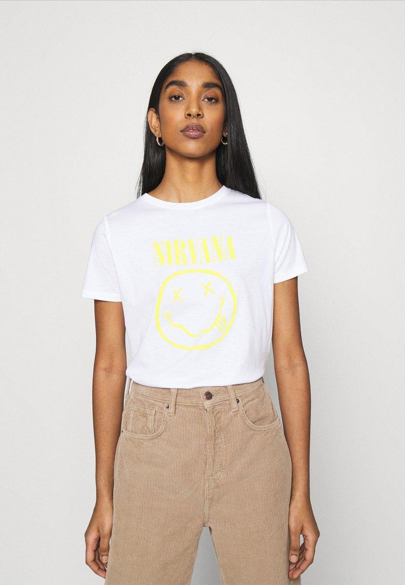 New Look - NIRVANA TEE - Print T-shirt - white