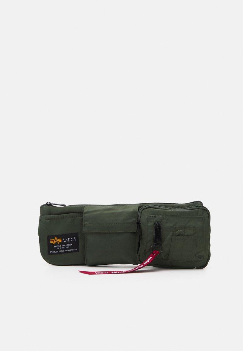 Alpha Industries - CREW UTILITY BAG UNISEX - Vyölaukku - sage green