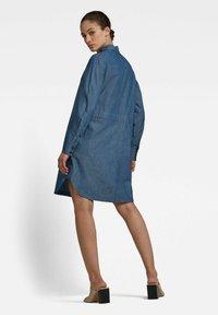 G-Star - MILARY V-NECK SHIRT - Denim dress - rinsed - 2