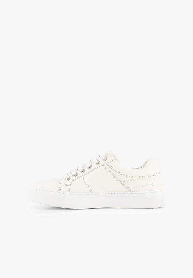 J.HERRERA - Sneakers laag - white