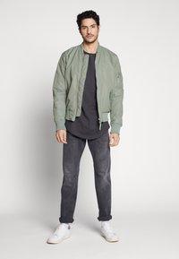 Esprit - Straight leg jeans - black medium wash - 1