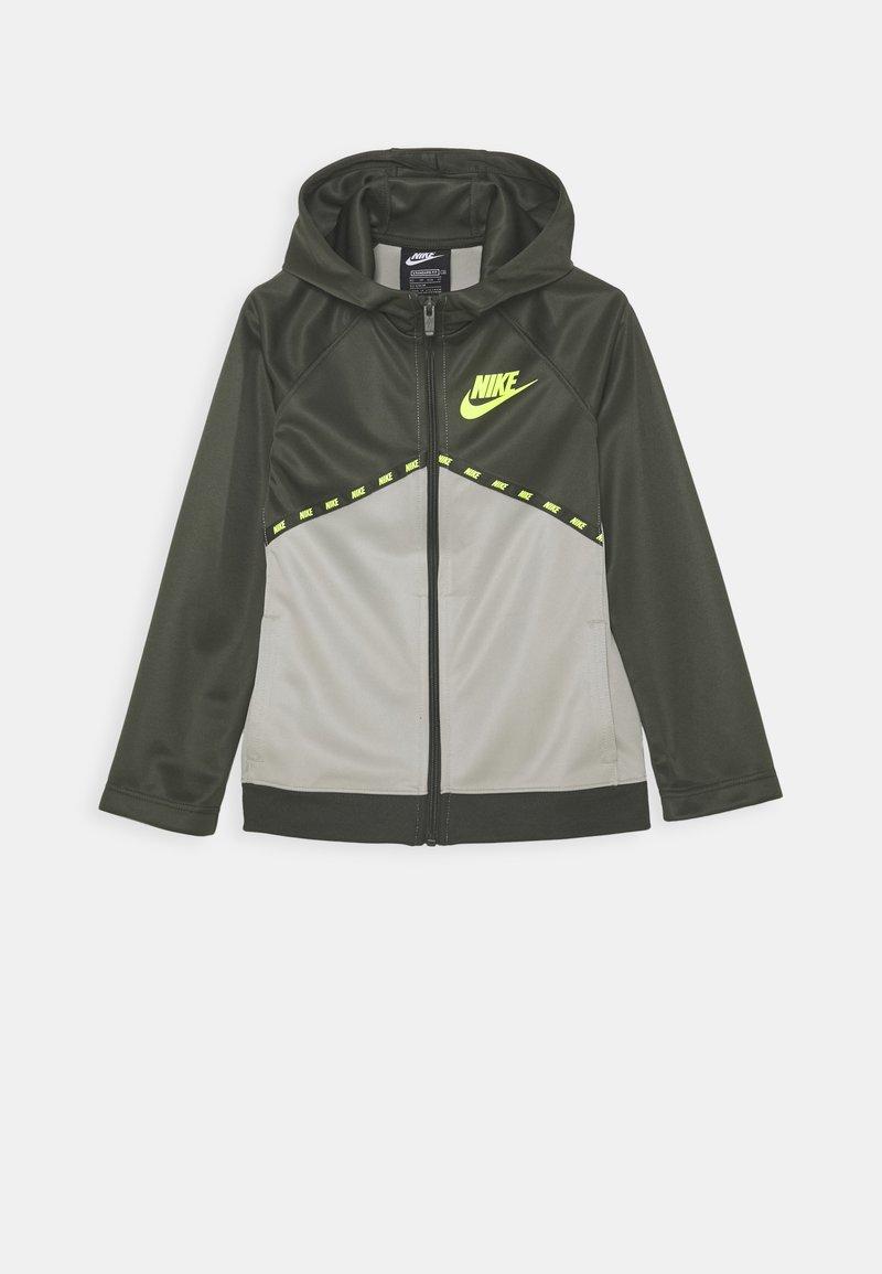 Nike Sportswear - Sportovní bunda - cargo khaki/stone/volt
