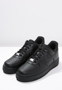 Nike Sportswear - AIR FORCE 1 '07 - Trainers - black - 2