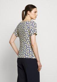 WEEKEND MaxMara - FOSCO - Print T-shirt - ozean - 2