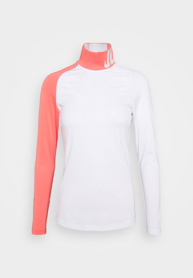 CLEMENCE SOFT COMPRESSION - Camiseta de manga larga - white
