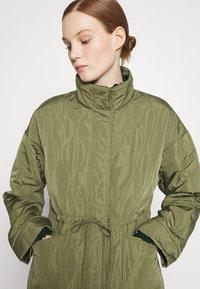 YAS - YASWENNA QUILTED  - Short coat - khaki - 5