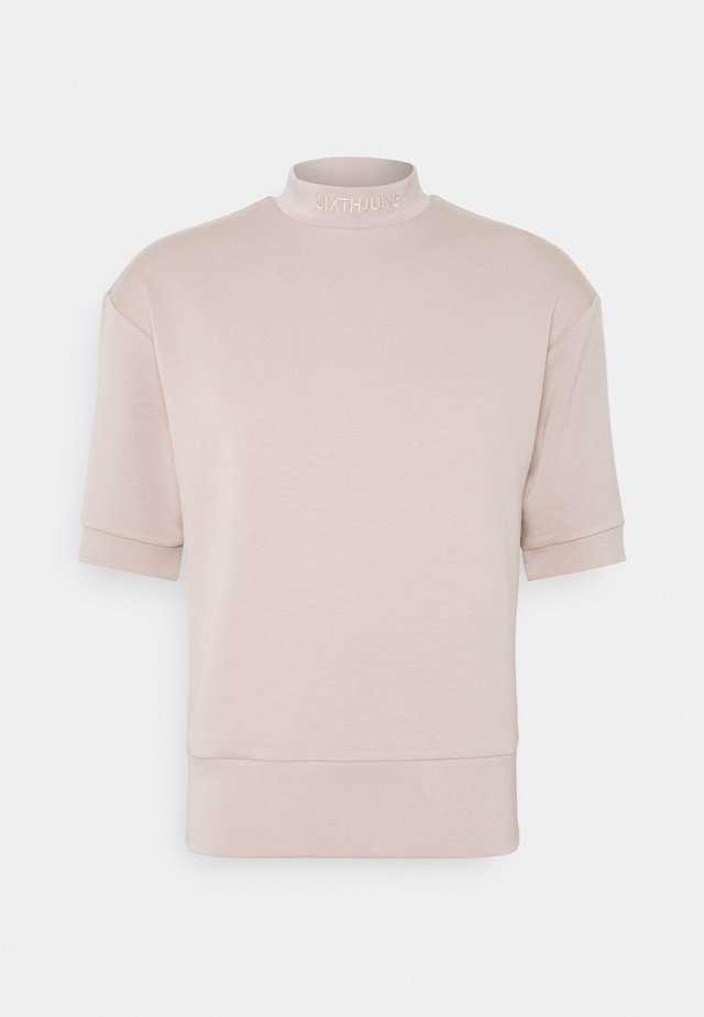 HIGH NECK OVERSIZED TEE - T-shirts - beige