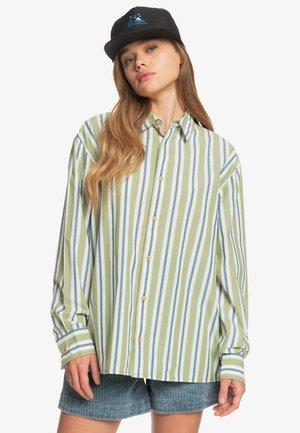 Button-down blouse - calliste green boyfriend strip