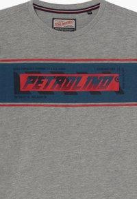 Petrol Industries - Long sleeved top - light grey - 3