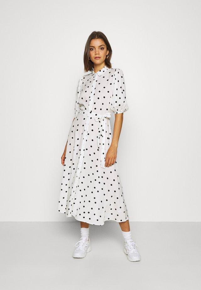 LINDA SPOT PUFF MIDI - Shirt dress - white