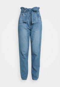 American Eagle - HIGHEST RISE MOM - Jeans baggy - blue heaven - 3