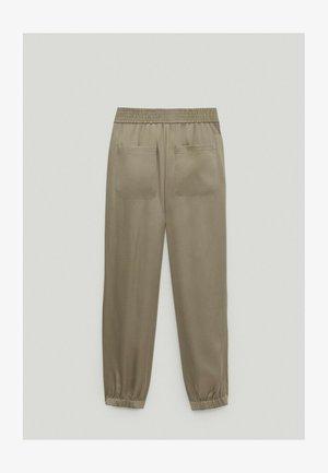 MIT BUNDFALTEN  - Spodnie materiałowe - beige