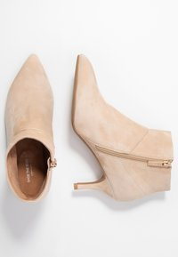 Shoe The Bear - VALENTINE  - Ankle boots - nude - 3