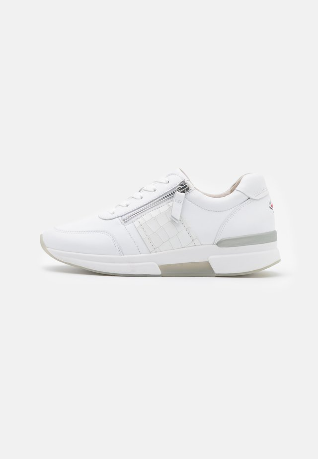 ROLLING SOFT  - Trainers - weiß