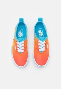 Vans - AUTHENTIC ELASTIC LACE - Sneakers - aquarius/true white - 3