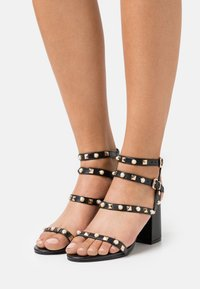 Miss Selfridge - SHANNON STUD BLOCK HEEL - Sandals - black - 0