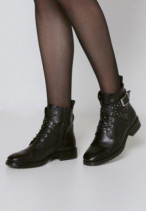 CHAYAZ - Kotníkové boty - black