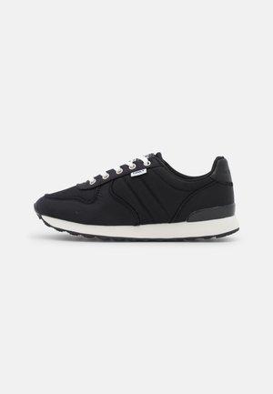ONLSAHEL LIFE  - Sneakers laag - black