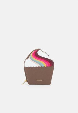 WOMEN PURSE CUPCAKE - Portfel - brown/multi-coloured