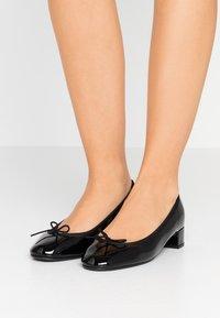 Repetto - LOU - Classic heels - noir - 0