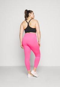 Nike Performance - ONE PLUS  - Leggings - hyper pink/white - 2