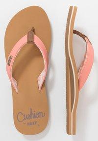 Reef - CUSHION - Sandály s odděleným palcem - cantaloupe - 3