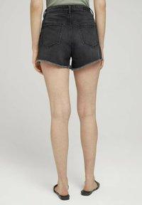 TOM TAILOR DENIM - Denim shorts - destroyed dark stone grey deni - 2