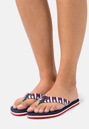 FLAG BEACH - Sandály s odděleným palcem - twilight navy
